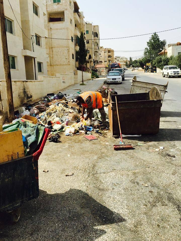 اربد تعاني من ازمة  في االنفايات