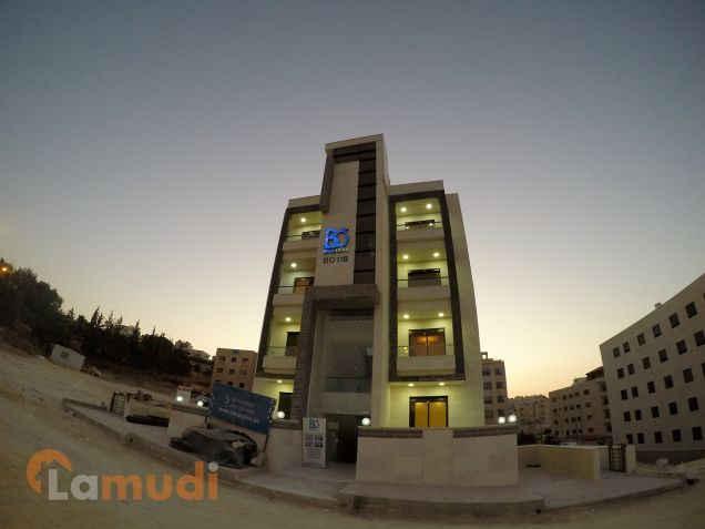 شقة للبيع 135م مقابل الجامعة التطبيقية تصلح للتأجير