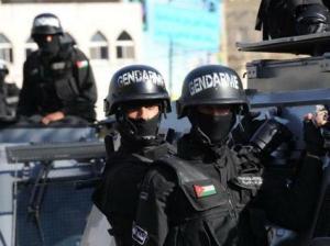 القبض على 3 مروجي مخدرات بالبادية الشمالية