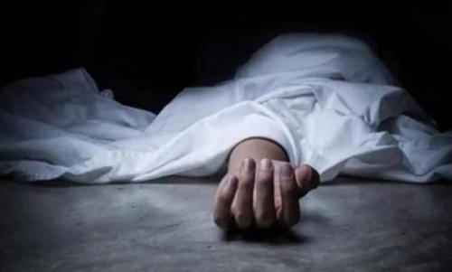 """بالفيديو  ..  مصر : تفاصيل صادمة لجريمة قتل وحشية  ..  أيمن قتل والدته """"وشغل أغاني"""""""