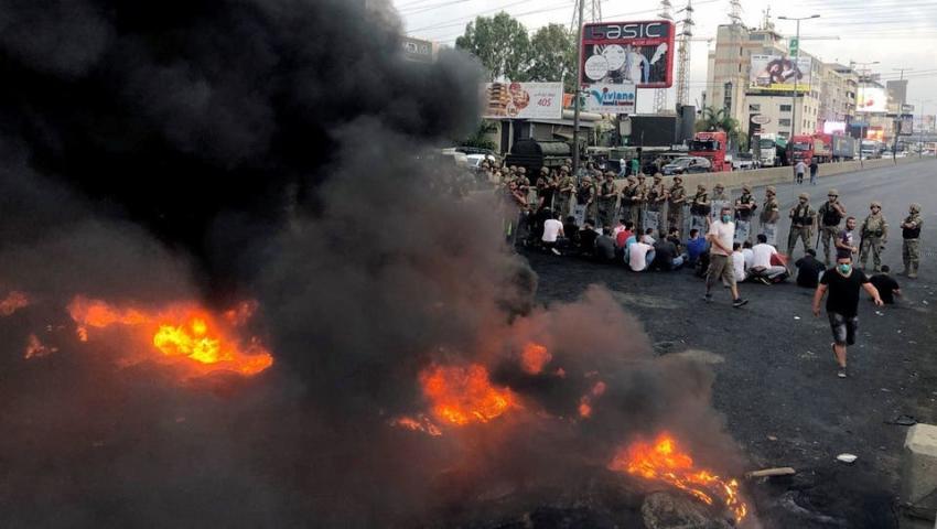 تواصل الاحتجاجات في مختلف المناطق اللبنانية لليوم الثاني