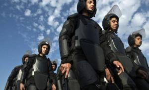 الشرطة المصرية تداهم نقابة الصحافيين وتلقي القبض على صحفيين اثنين