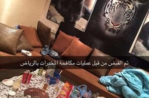 """الصور ..القبض على مروجي مخدرات عبر """"سناب شات"""" بالسعودية.. ومكافحة المخدرات لمتابعيهم: تم القبض"""
