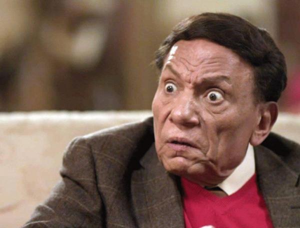 ممثل شهير يتعجب من نجاح عادل إمام
