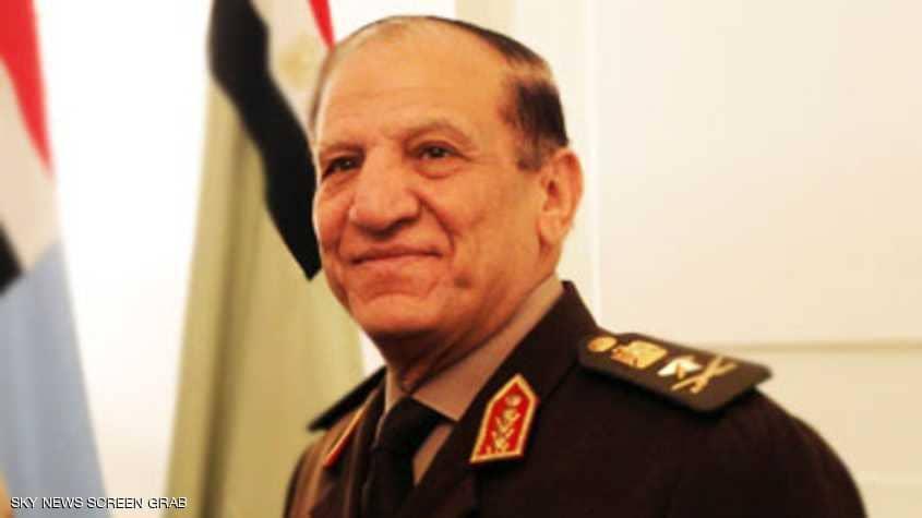 مصر : الجيش يتهم المرشح المحتمل عنان بالتزوير