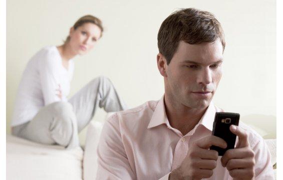 10 نصائح لتبعدي عن زوجك فكرة الخيانة