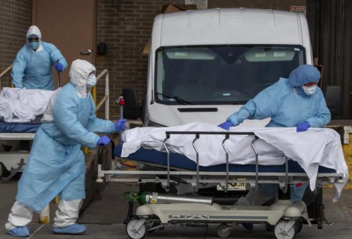 البيت الأبيض يتوقع وصول وفيات كورونا إلى نصف مليون في شباط
