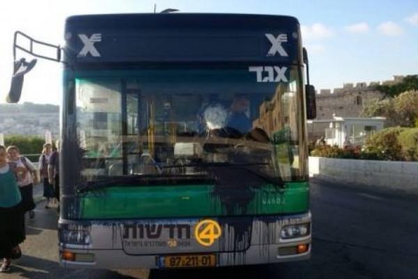 بعد اغتيال الشهيد أبو ليلى ..  حافلة اسرائيلية تتعرض لإطلاق نيران في سلفيت
