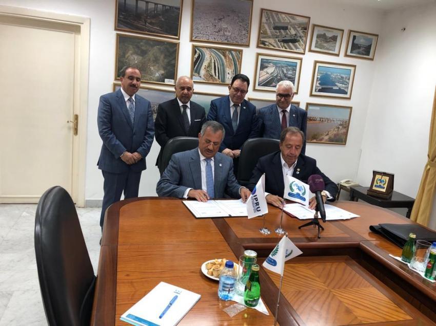 الاتحاد العربي للنقل البري يوقع تفاهما مع اتحاد نقل الركاب الدولي