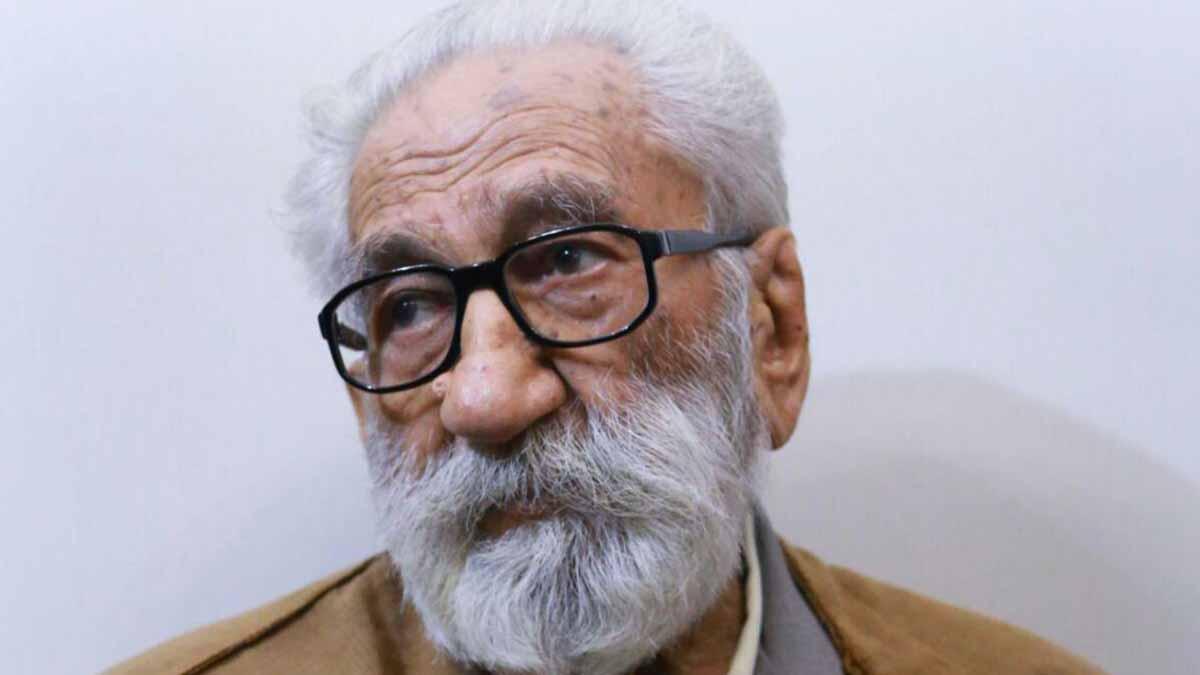 وفاة زعيم الطائفة الصوفية في إيران