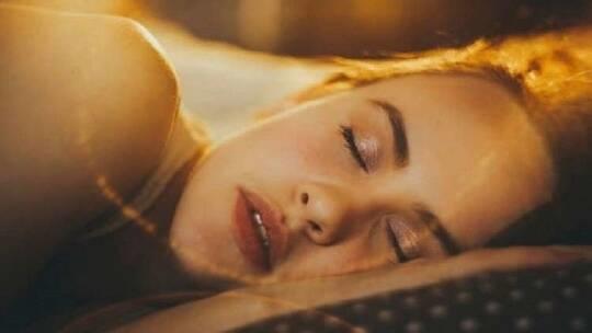 هل تفضح الأحلام أعمق أسرارنا؟