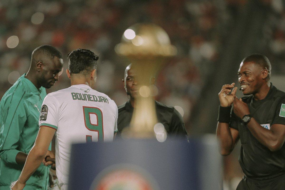الجزائر بطلا لكأس امم افريقيا بعد فوزه بهدف مقابل لا شيء على السنغال