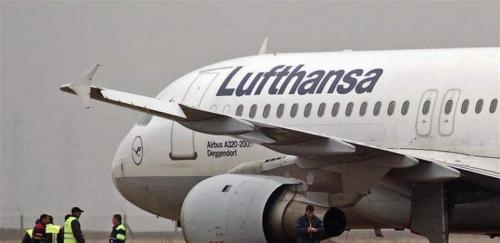 """بلاغ كاذب بوجود قنبلة في مطار ..  والسبب مواعدة """"مضيفة طيران""""!"""