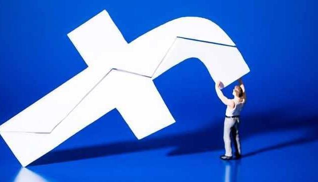 إيطاليا تغرم فيسبوك مليون يورو بسبب فضيحة كيمبريج أناليتيكا
