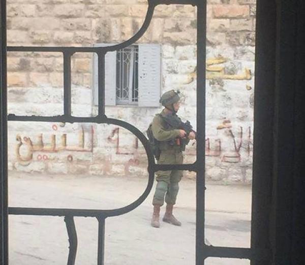 إصابات خلال اقتحام قوات الاحتلال مدرسة الخليل الأساسية