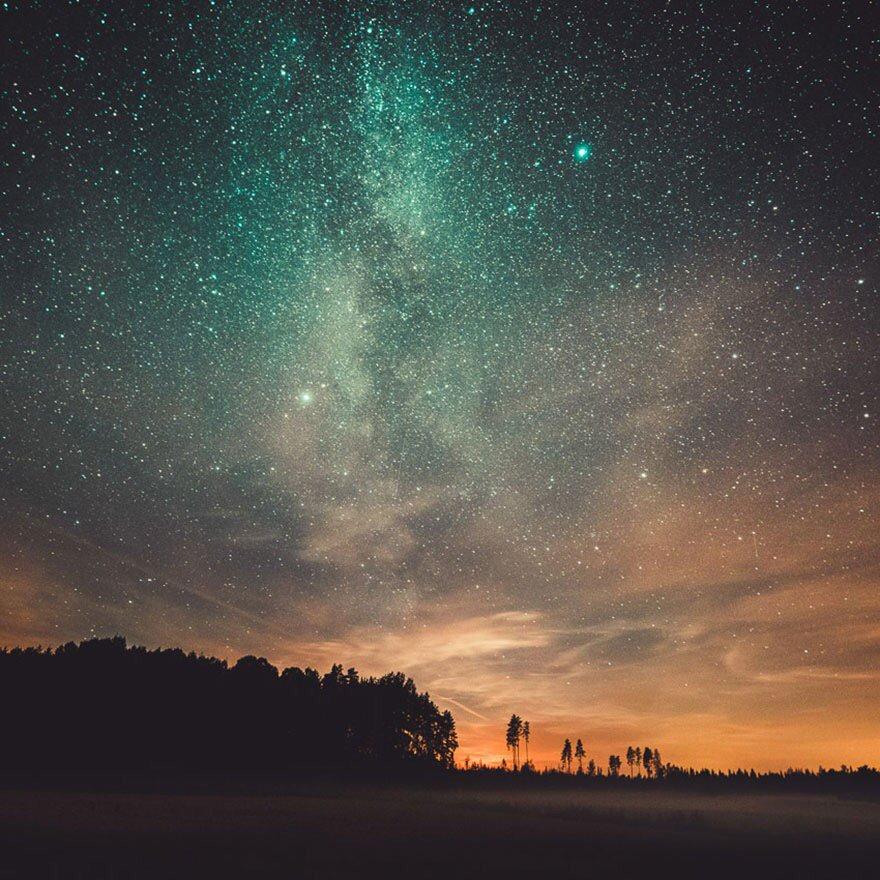 حكايات بين نجوم
