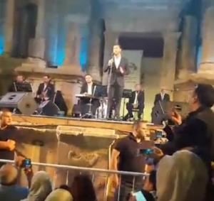 """بالصور ..(12) ألف اردني حضروا حفل """"كاظم الساهر و ازمة سير خانقة في جرش"""