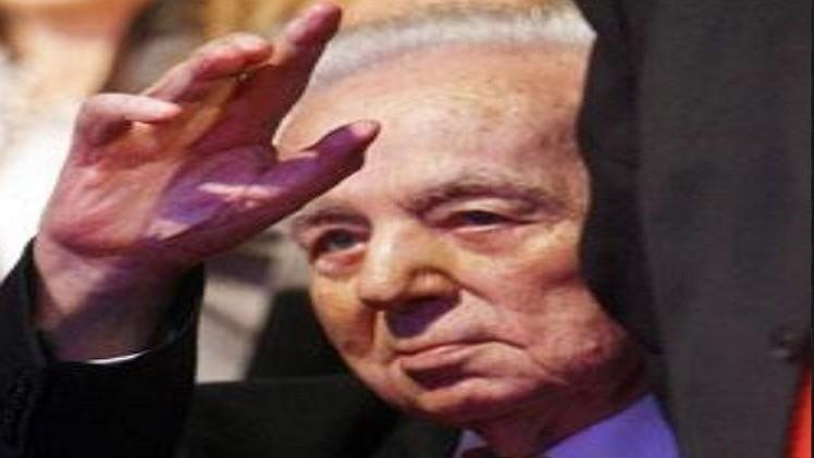 وفاه الشاعر اللبناني سعيد عقل صاحب مغناة ( عمان في القلب)