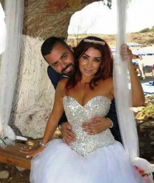 """صور .. ألين خلف تزوجت مدير أعمالها في قبرص رغم رفض والده  .. والوالد يعلق:""""هي أكبر منه بـ12 عاما """""""