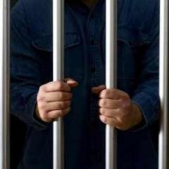 معلمة بريطانية تواجه السجن في أبو ظبي لتناولها الغداء مع سوري متزوج