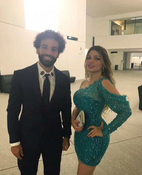 بعد قضية زواجها السري ..  قصة صورة الإعلامية ياسمين الخطيب مع محمد صلاح