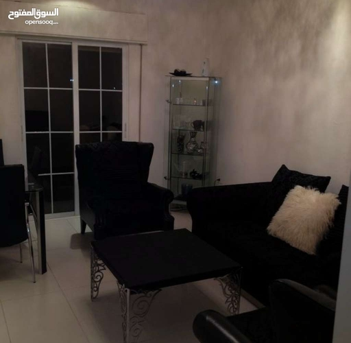 شقه للبيع في مرج الحمام قرب دوار الدله 100 متر