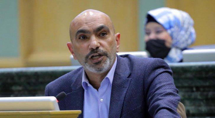 الحراسيس يوضح حقيقة إلزام أبناء الأردنيات بتصاريح عمل في تعديلات قانون العمل