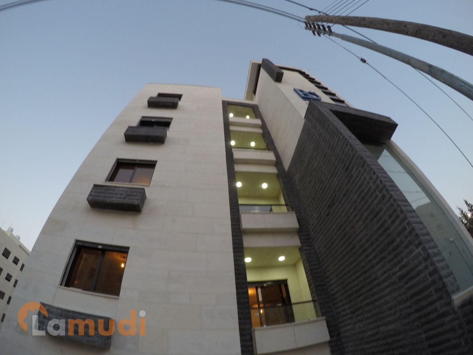 شقة مميزة 134م في الجبيهة مع تراس 14م