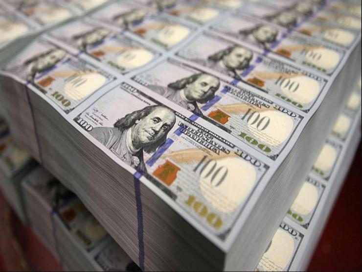 بفارق مليار دولار أغنى رجل في العالم