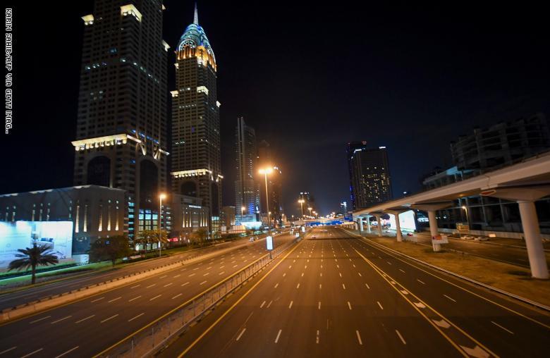 دبي ..  عملية تعقيم كاملة لمدة أسبوعين على مدار 24 ساعة