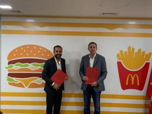 ماكدونالدز الأردن ودار أبو عبدالله يوقعان اتفاقية تعاون لتشغيل 500 شاباً وشابة أردنيين