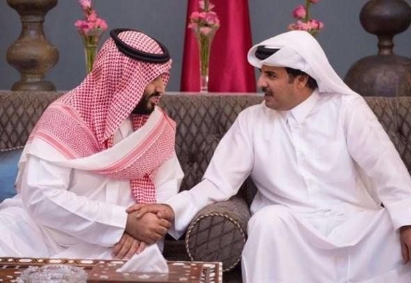 تفاصيل الاتصال الهاتفي الذي جرى بين الامير محمد بن سلمان و أمير قطر  ..  من هو رئيس الدولة الذي توسط بينهما .؟
