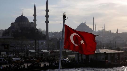 إعلان إغلاق كامل في تركيا لمدة 19 يوماً