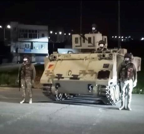 بالصور ..  الجيش يعيد انتشاره في الشوارع