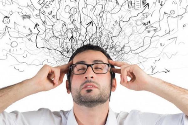 أمراض تسبب تغيرات هيكلية في الدماغ وتجعل تفكير الناس أبطأ وذاكرتهم أسوأ