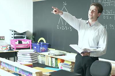 مطلوب عدد من المعلمين للعمل في كبرى المدارس بالإمارات