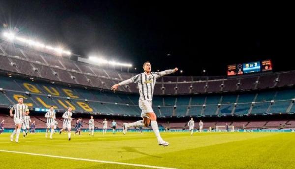 لماذا رفض برشلونة ضم كريستيانو رونالدو قبل 18 عاما؟