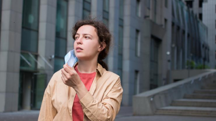 كشف مدى انتشار 'كوفيد' عبر التنفس الطبيعي دون قناع للوجه!