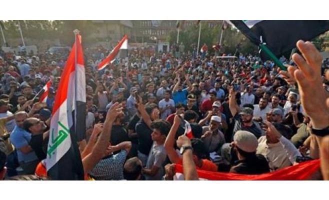 تجدد تظاهرات البصرة في العراق للمطالبة بتوفير فرص عمل