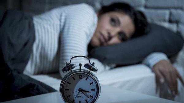 """دراسة: نقص فيتامين """"B12"""" يسبب اضطراب النوم"""