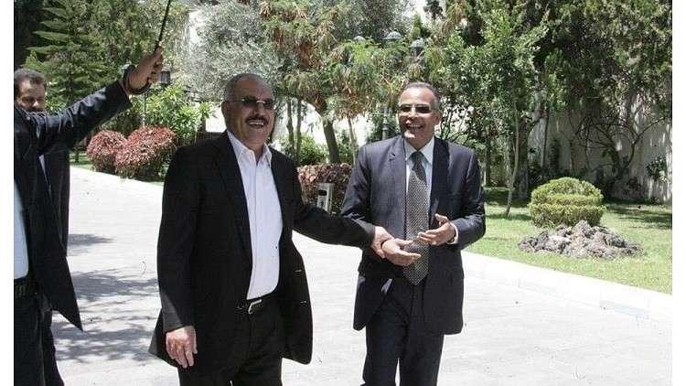 """كيف كان ردّ علي عبد الله صالح عندما علم بأن الحوثيين يحضرون لاستخدام سيناريو """"إعدام صدام"""" معه؟!"""