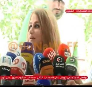 بالفيديو .. صحفي يسأل مرشحة كويتية للانتخابات : هل جمال المرأة يساعدها في الوصول للبرلمان ؟