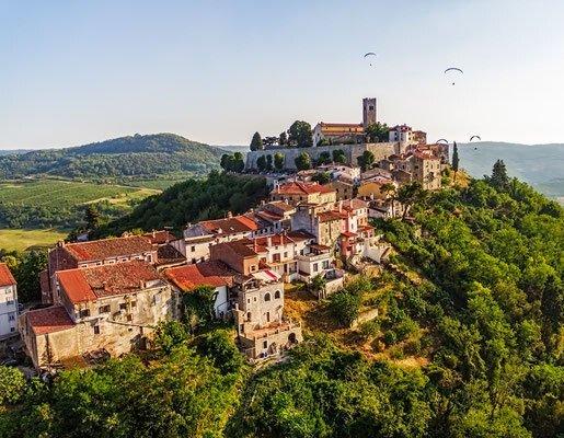مدينة موتوفون  ..  زيارة إلى توسكانا كرواتيا