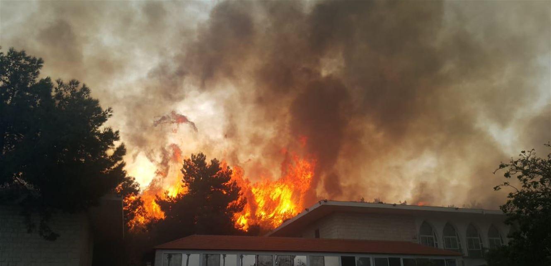 الكشف عن سبب انتشار الحرائق في لبنان