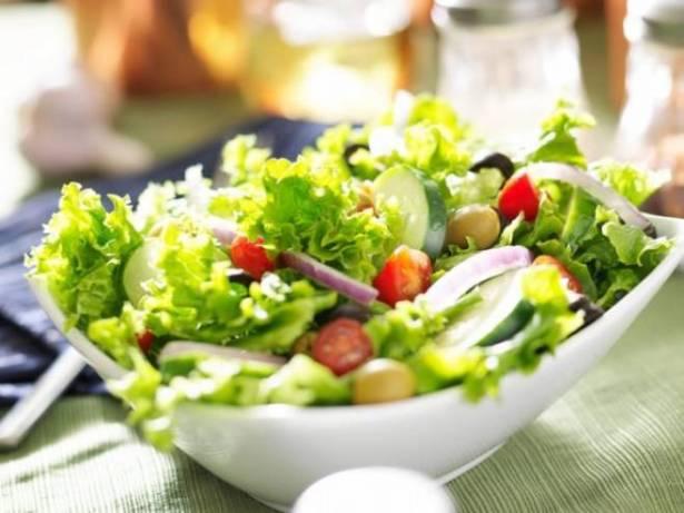 اتباع نظام غذائي نباتي يحد من التهاب اللثة