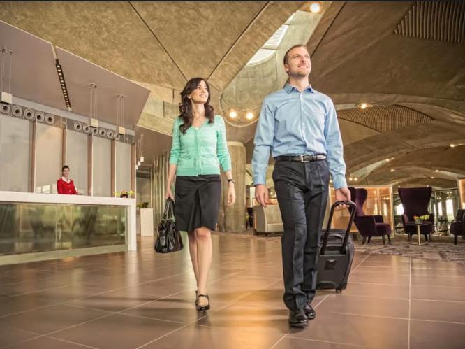 الملكية الأردنية تتيح لمسافري الدرجة السياحية استخدام صالة  رجال الأعمال بخصم يصل الى 50%