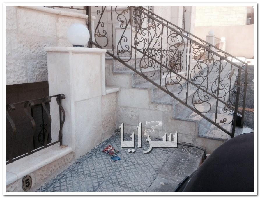 صور: مواطن ربداوي يشكو من تحول شقة العمر  الى معاناة