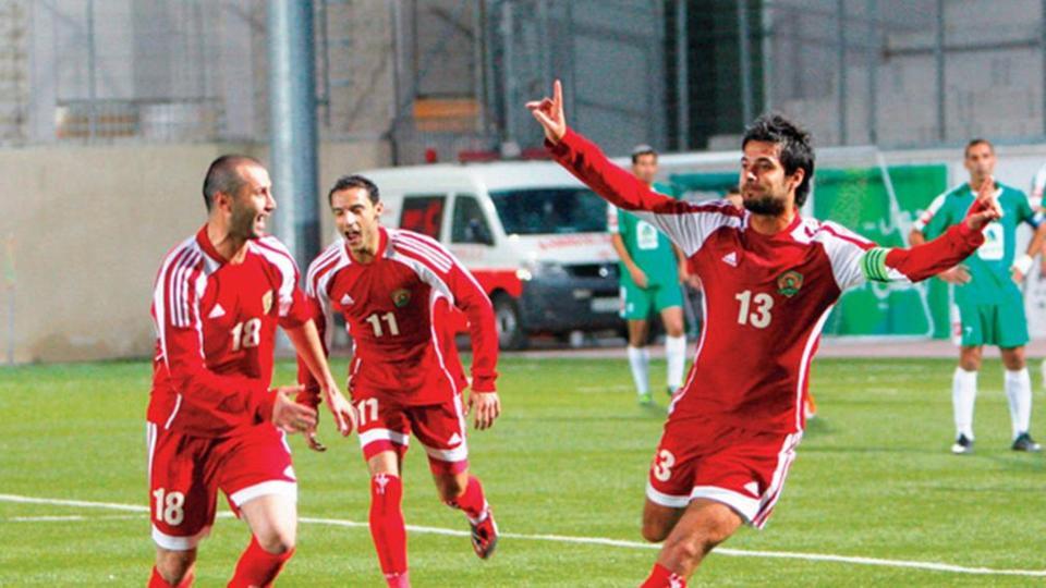 مطالب مالية كبيرة من الجزيرة لكي يلعب في عمان