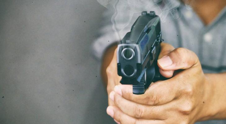 سعودي يقتل شقيقه رميا بالرصاص وينتحر
