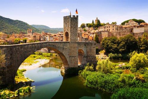 بالصور  ..  السياحة في اسبانيا: جولة على المدن الصغيرة